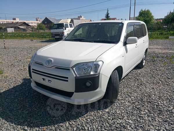 Toyota Probox, 2016 год, 585 000 руб.
