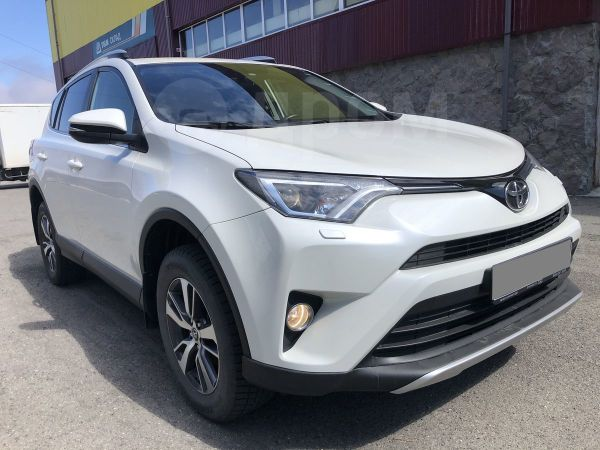 Toyota RAV4, 2015 год, 1 620 000 руб.