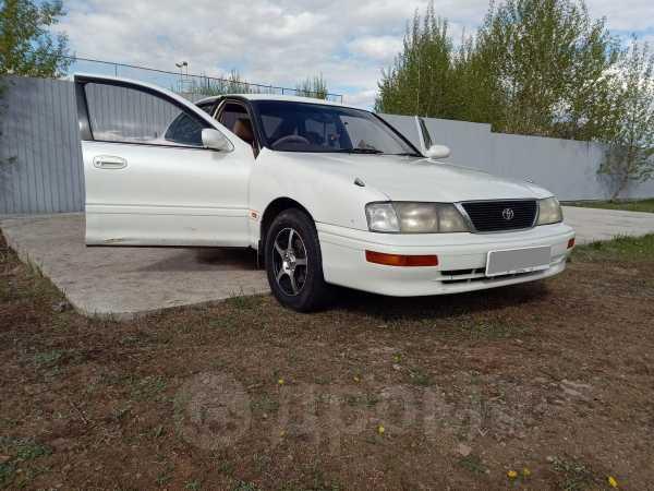 Toyota Avalon, 1995 год, 300 999 руб.