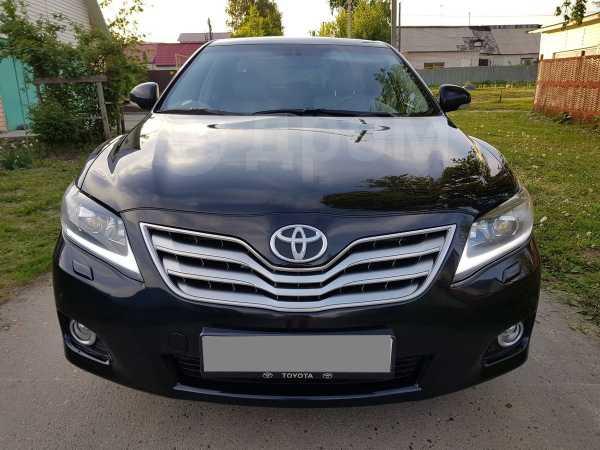 Toyota Camry, 2010 год, 680 000 руб.