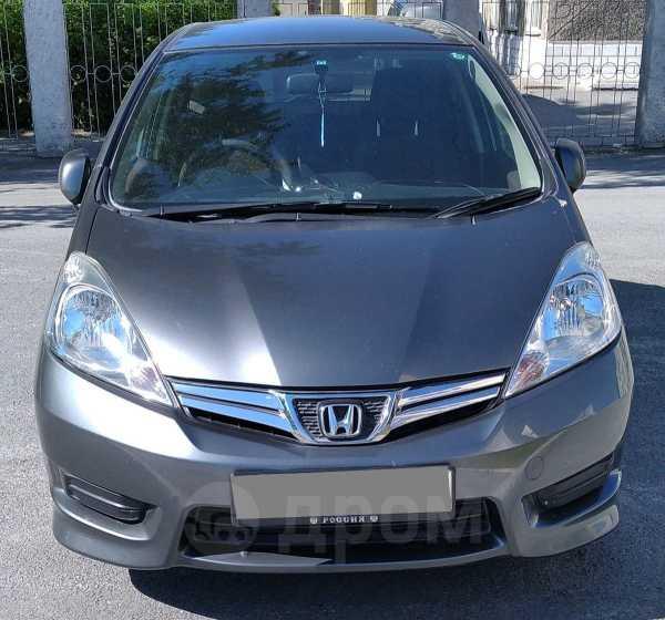 Honda Fit Shuttle, 2011 год, 555 000 руб.