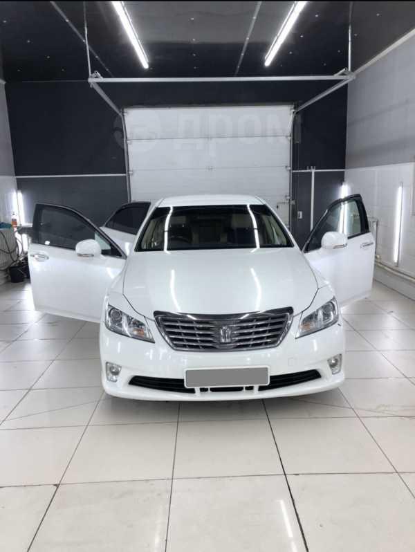 Toyota Crown, 2010 год, 930 000 руб.