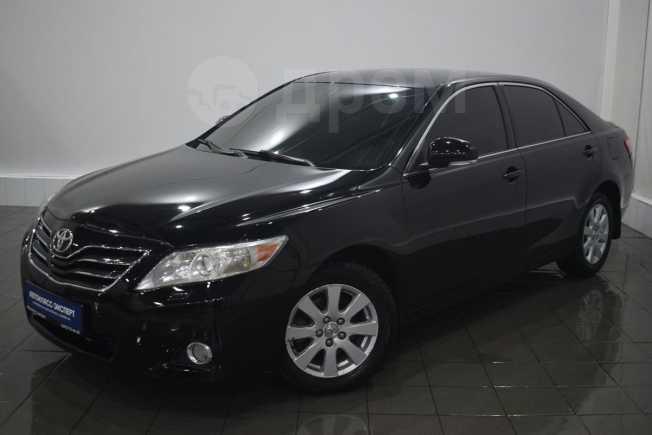 Toyota Camry, 2011 год, 649 000 руб.