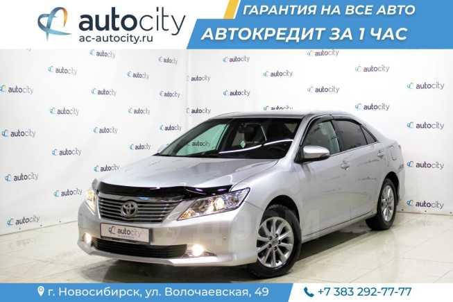 Toyota Camry, 2012 год, 749 000 руб.
