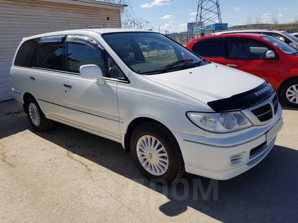 Nissan Presage, 2001 год, 455 000 руб.