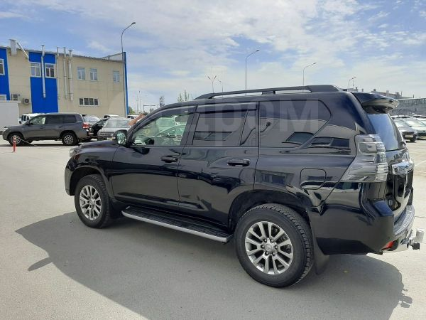 Toyota Land Cruiser Prado, 2017 год, 2 600 000 руб.