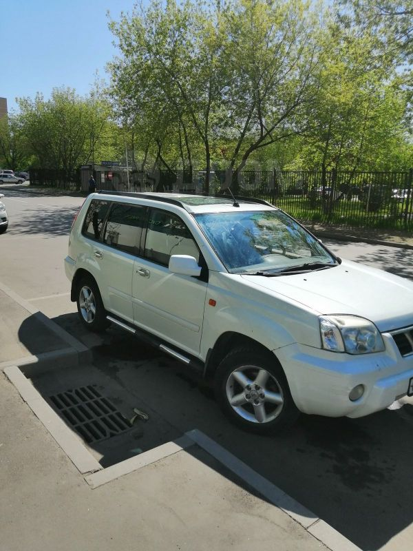 Nissan X-Trail, 2002 год, 290 000 руб.