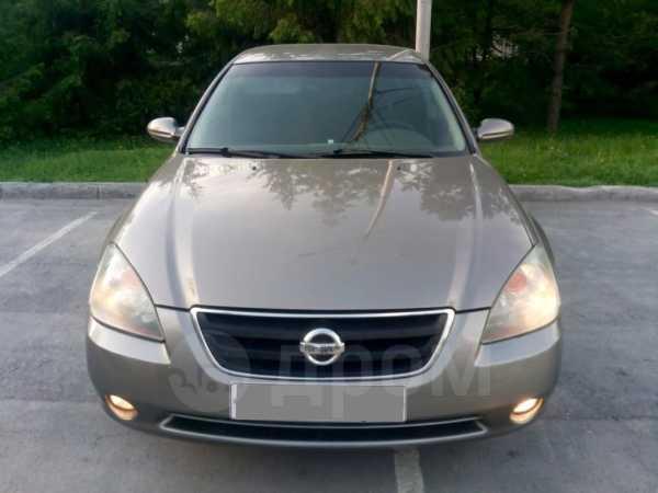 Nissan Altima, 2002 год, 235 000 руб.
