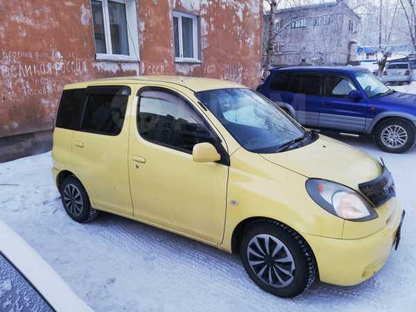 Toyota Funcargo, 2001 год, 255 000 руб.
