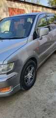 Mitsubishi Chariot Grandis, 2001 год, 225 000 руб.