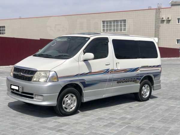 Toyota Granvia, 2001 год, 625 000 руб.