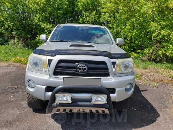 Toyota Tacoma, 2006 год, 1 100 000 руб.