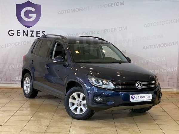 Volkswagen Tiguan, 2012 год, 649 000 руб.