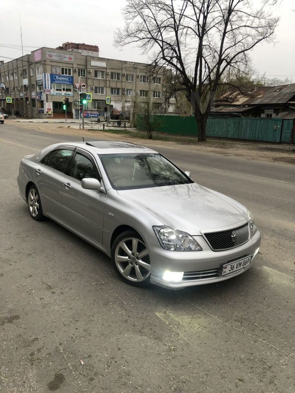 Toyota Crown, 2006 год, 379 999 руб.