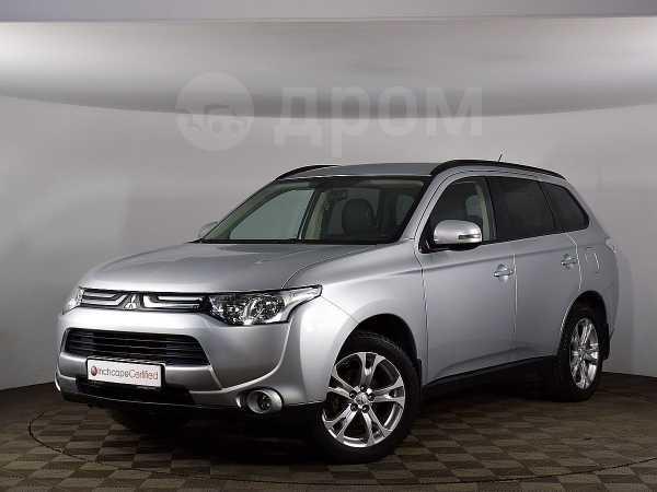 Mitsubishi Outlander, 2013 год, 819 000 руб.
