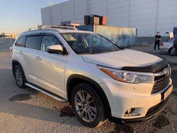 Toyota Highlander, 2013 год, 1 800 000 руб.