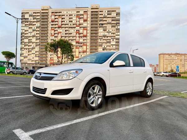 Opel Astra, 2011 год, 399 900 руб.