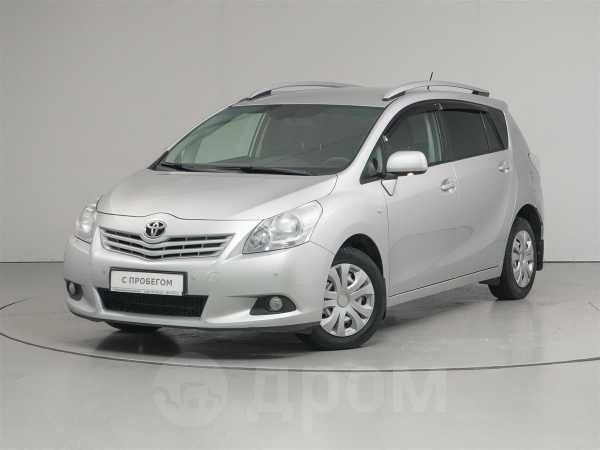 Toyota Verso, 2012 год, 739 000 руб.