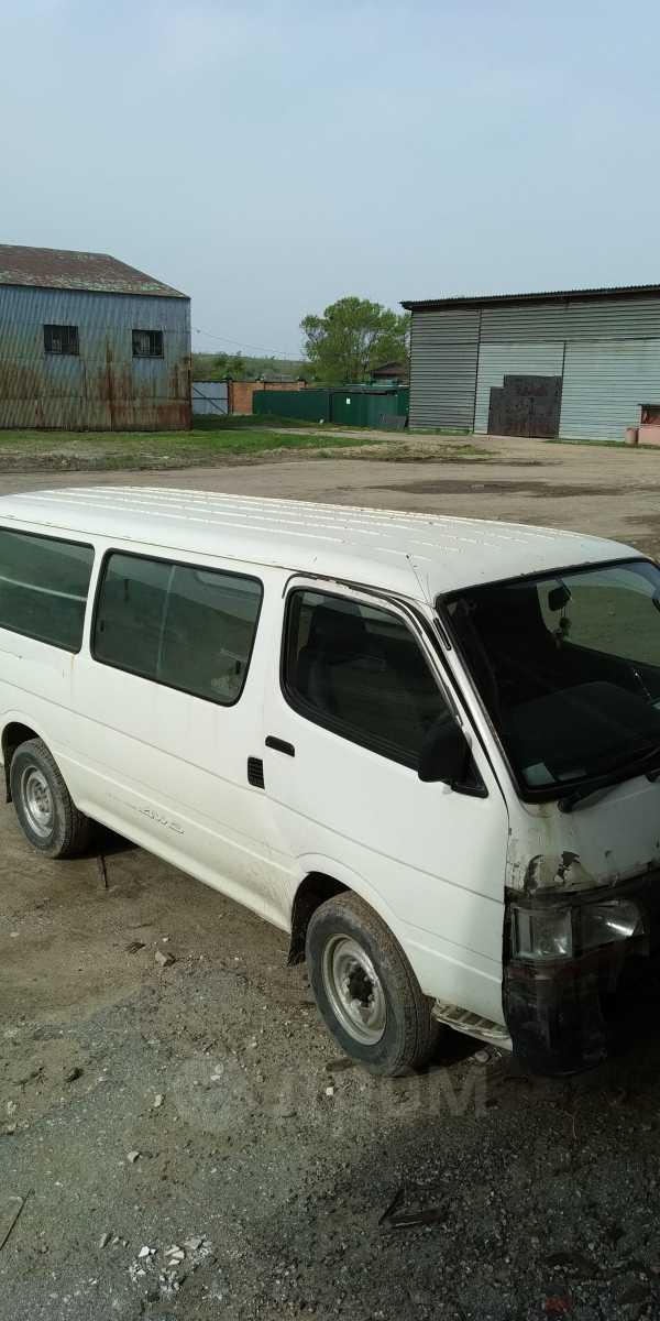 Toyota Regius Ace, 2002 год, 200 000 руб.