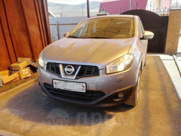 Nissan Qashqai, 2013 год, 636 000 руб.
