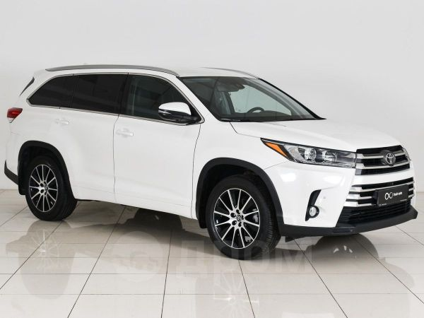Toyota Highlander, 2017 год, 2 700 000 руб.