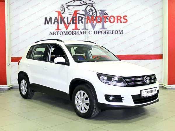 Volkswagen Tiguan, 2011 год, 634 000 руб.