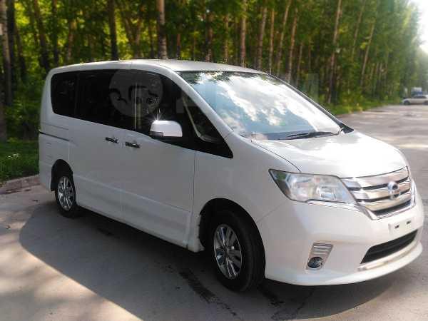 Nissan Serena, 2012 год, 937 000 руб.