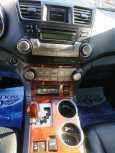 Toyota Highlander, 2013 год, 1 435 000 руб.