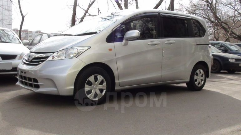 Honda Freed, 2014 год, 715 000 руб.