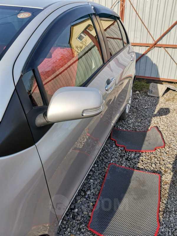 Toyota Vitz, 2010 год, 385 000 руб.