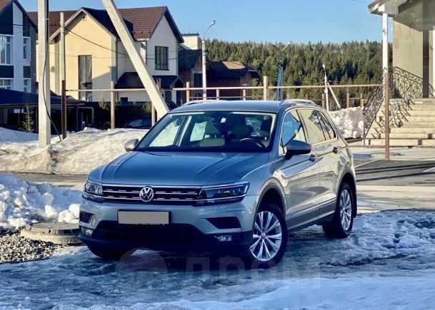 Volkswagen Tiguan, 2017 год, 1 799 000 руб.