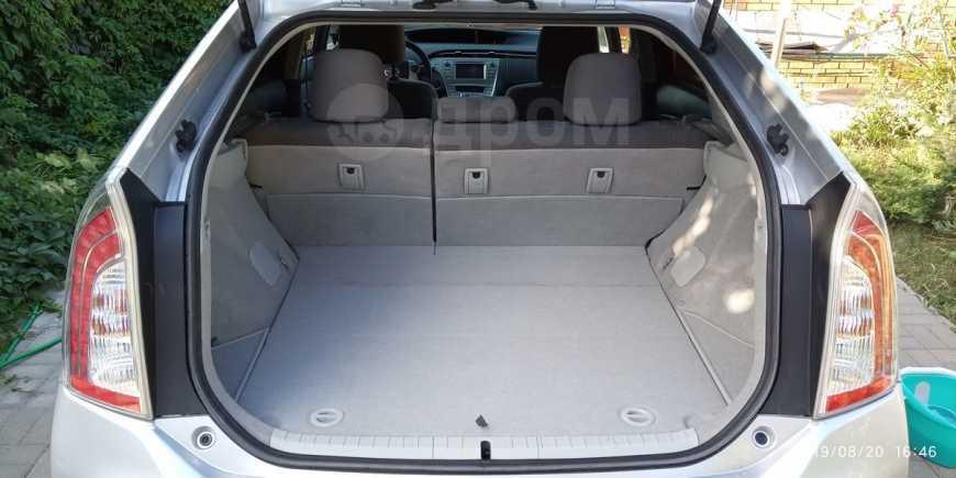 Toyota Prius, 2015 год, 1 250 000 руб.