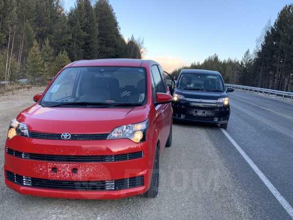 Toyota Spade, 2015 год, 652 000 руб.