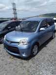 Toyota Sienta, 2015 год, 618 000 руб.