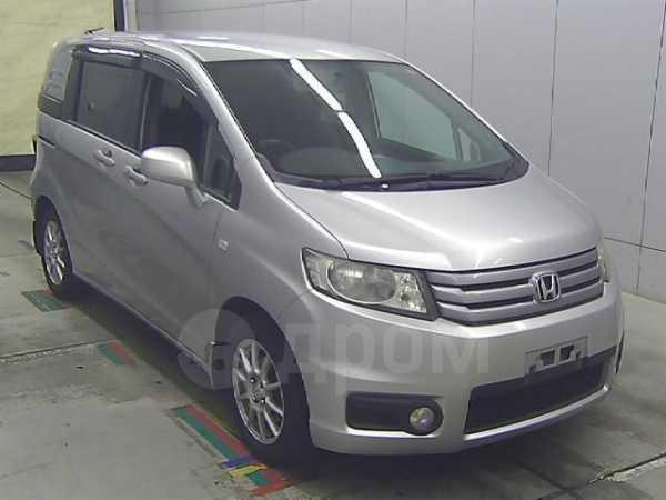 Honda Freed Spike, 2011 год, 575 000 руб.