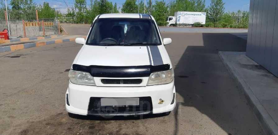 Nissan Cube, 2002 год, 185 000 руб.