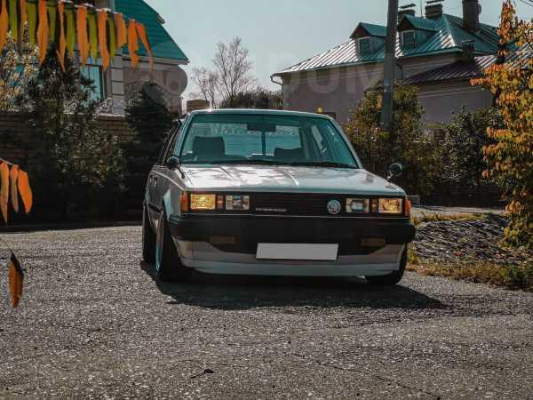 Toyota Carina, 1982 год, 250 000 руб.