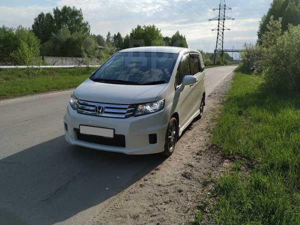 Honda Freed Spike, 2010 год, 630 000 руб.