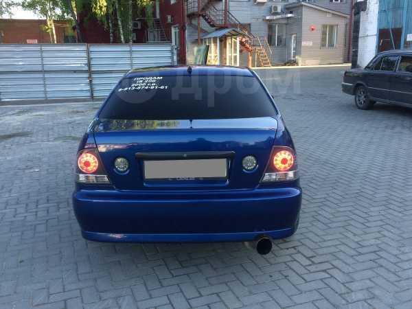 Lexus IS200, 2000 год, 350 000 руб.