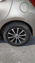 Toyota Vitz, 2015 год, 660 000 руб.