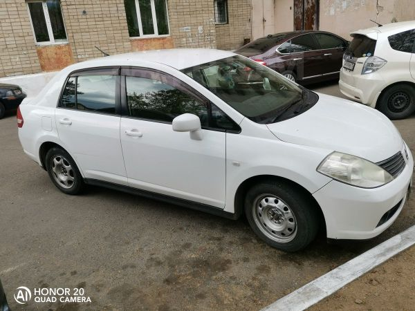Nissan Tiida Latio, 2006 год, 350 000 руб.