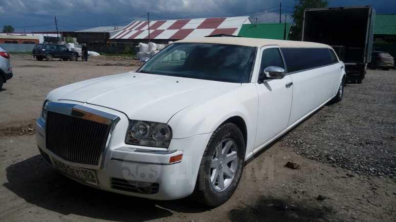 Chrysler 300C, 2005 год, 340 000 руб.