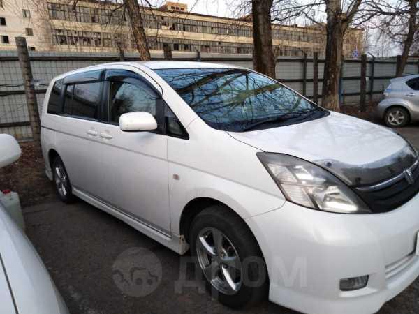 Toyota Isis, 2006 год, 470 000 руб.