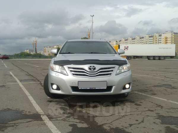Toyota Camry, 2011 год, 725 000 руб.