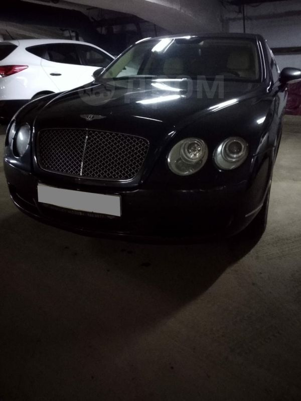 Bentley Flying Spur, 2006 год, 1 200 000 руб.