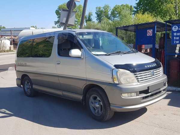 Toyota Regius, 2001 год, 440 000 руб.