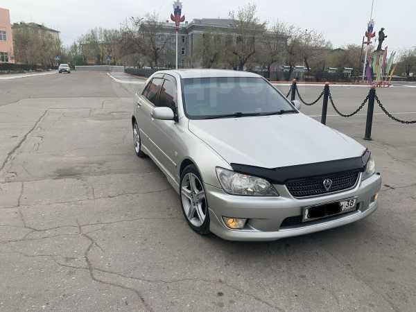 Toyota Altezza, 2003 год, 457 000 руб.