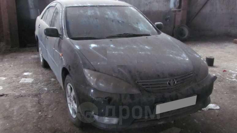 Toyota Camry, 2005 год, 207 000 руб.