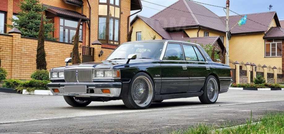 Toyota Crown, 1983 год, 1 000 000 руб.