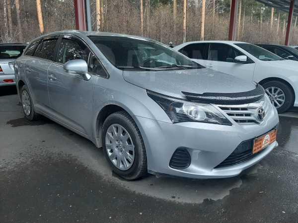 Toyota Avensis, 2012 год, 830 000 руб.